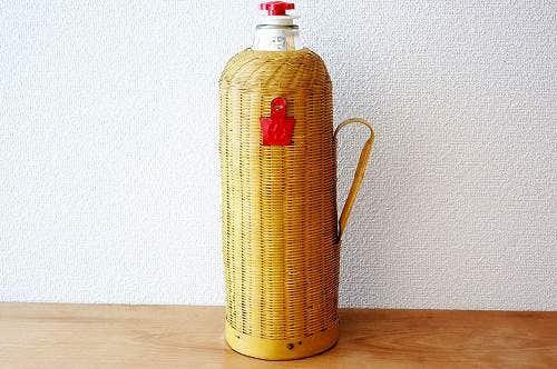 スウェーデンで見つけた珍しい魔法瓶の商品写真