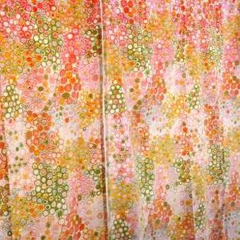 スウェーデンで見つけたカーテン2枚セット(パステル花柄)の商品写真