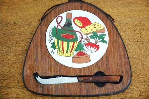 スウェーデンで見つけたカッティングボード&ナイフのセットの商品写真