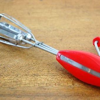 NILS JOHAN/ニルスヨハン/回転レバーの付いた泡立て器(レッド)の商品写真