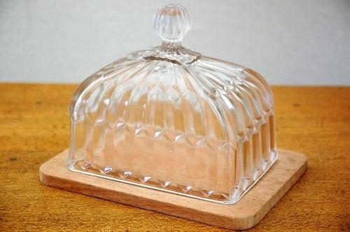 スウェーデンで見つけたガラスチーズドーム(四角)の商品写真