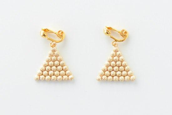 000/イヤリング/Grain triangle(ゴールド)の商品写真