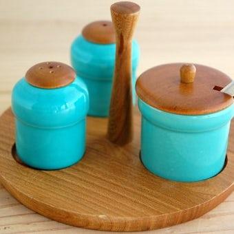 スウェーデンで見つけた色鮮やかな卓上調味料セット(エメラルドグリーン)の商品写真