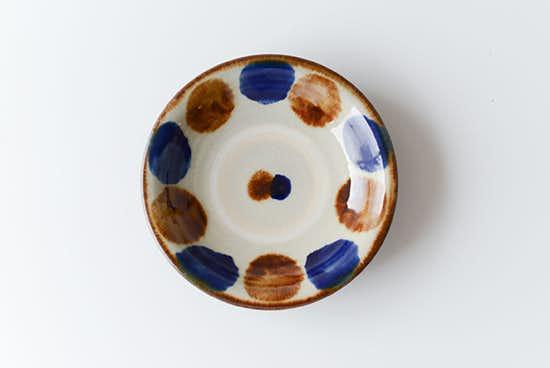 【取り扱い終了】やちむん/飴コバルト点打/5寸皿(径:約15cm)の商品写真