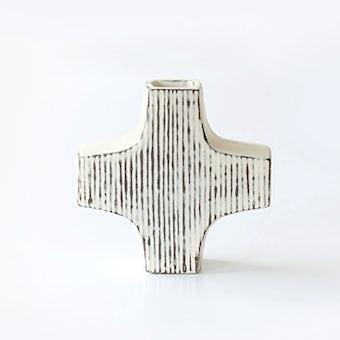 【取り扱い終了】平厚志/クロス型の花器/線模様の商品写真