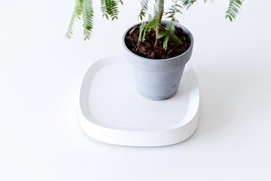 tidy/キャスター付き鉢皿/ホワイトの商品写真