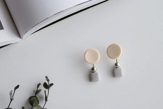piii accessory/ピィ アクセサリー/アポロ/2WAYピアス(オフホワイト)の商品写真