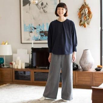「家でのわたしも好きになる」香菜子さんとつくったルームウェアセット / ネイビー×グレーの商品写真