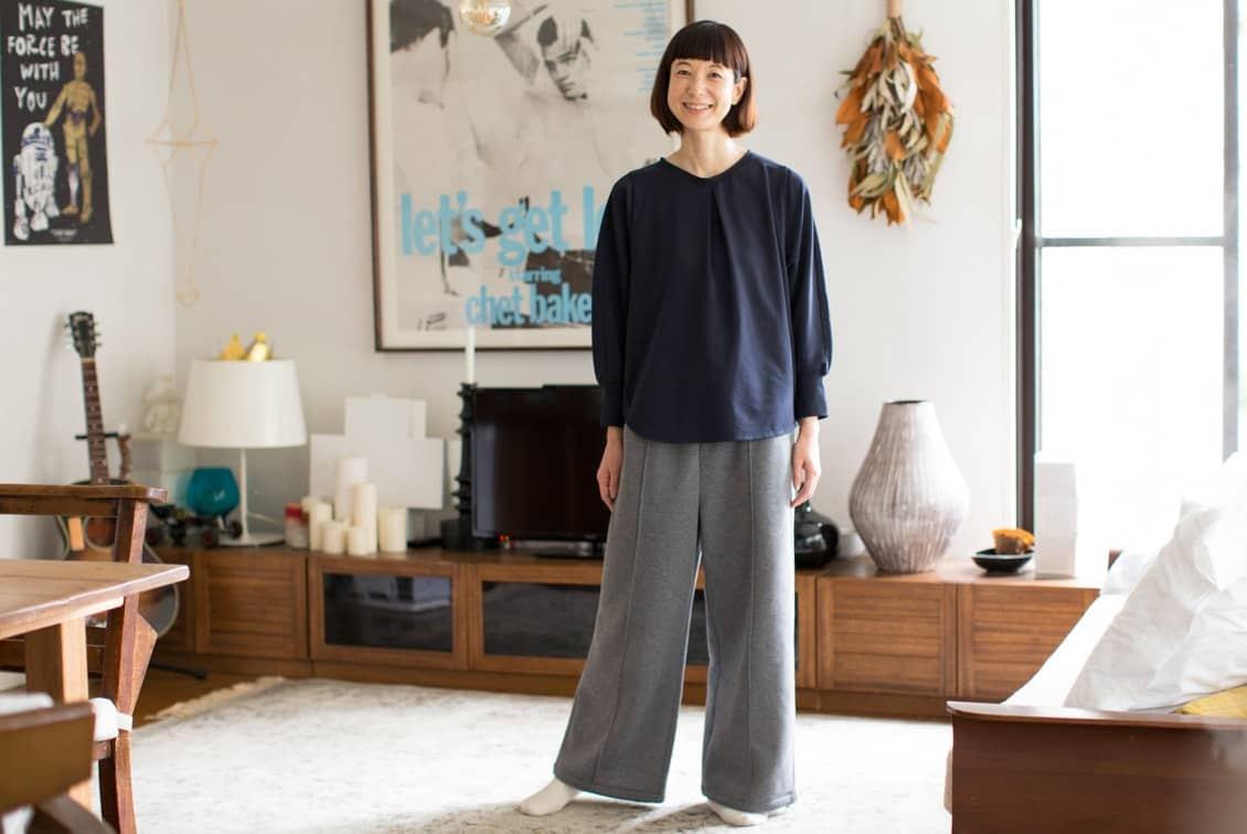 【2019年12月頃入荷予定】「家でのわたしも好きになる」見た目も機能もちょうどいいルームウェアセット/香菜子×KURASHI&Trips PUBLISHING(ネイビー×グレー)の商品写真