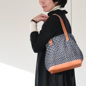 【次回12月ごろ入荷予定】trois temps/トロワトン/手織りのがま口ハンドバッグの商品写真