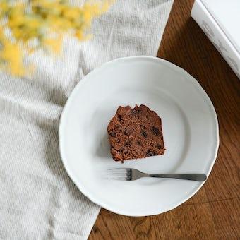 【お一人様3個まで】ラムレーズンの入った特別なチョコレートケーキ/OYATSUYA SUNの商品写真