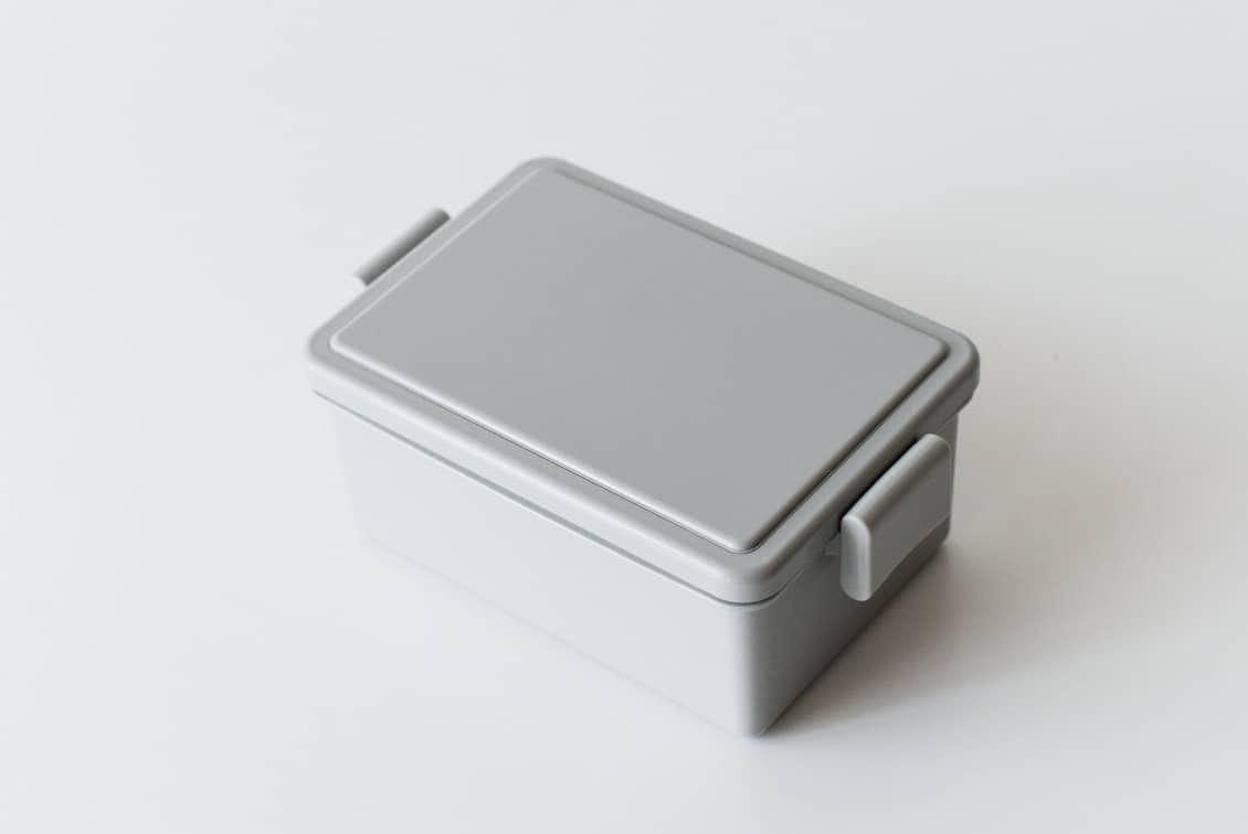 フタが保冷剤になるランチボックス/400ml/グレーの商品写真