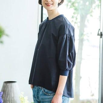 【今季終了】「洗いざらしがマイルール」2WAYトップス(ネイビー)/香菜子×KURASHI&Trips PUBLISHINGの商品写真