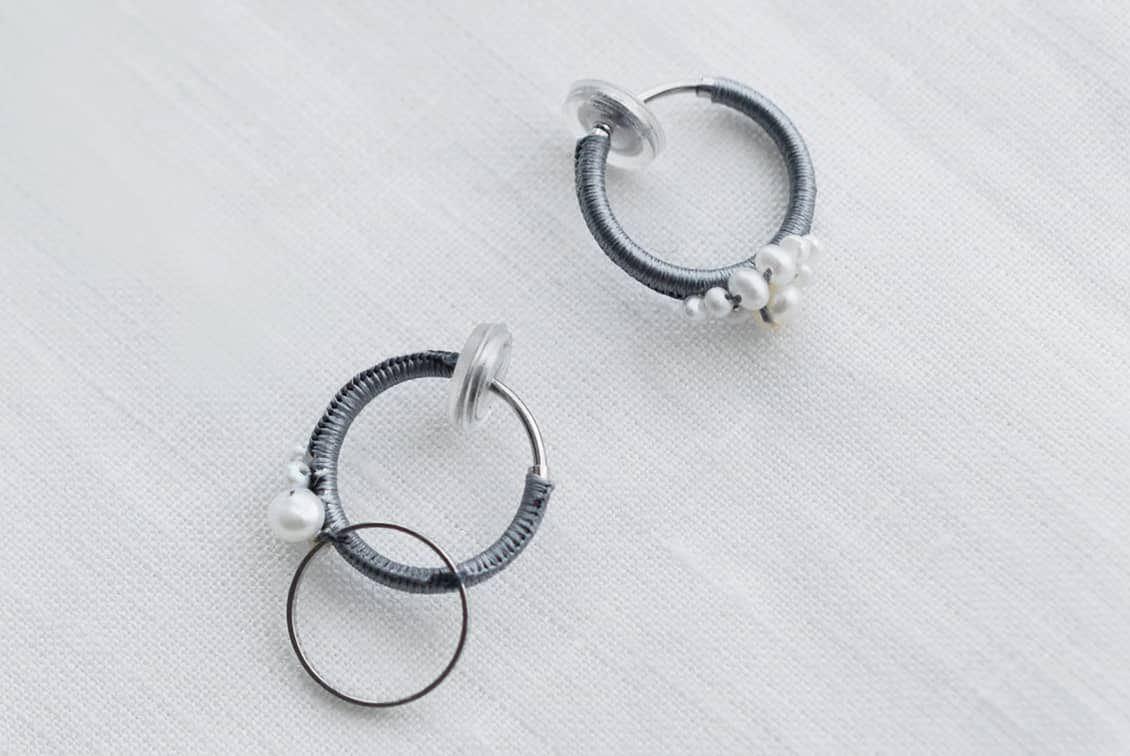 fujiiikuko/淡水パールとシルク糸のイヤリングの商品写真