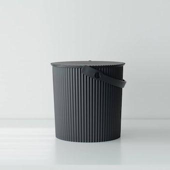 【在庫限り取り扱い終了】フタ付きバケツ/オムニウッティ/ブラック(10L)の商品写真