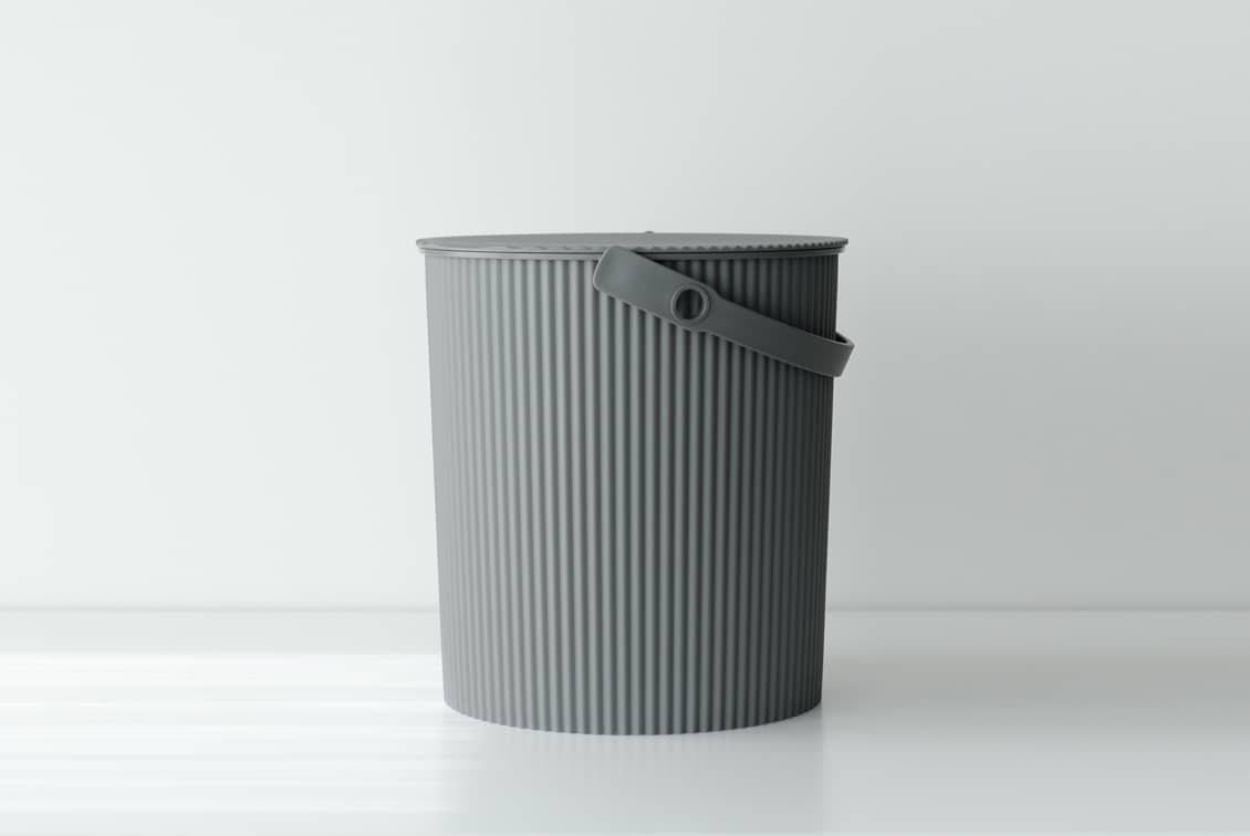 フタ付きバケツ/オムニウッティ/グレー(20L)の商品写真