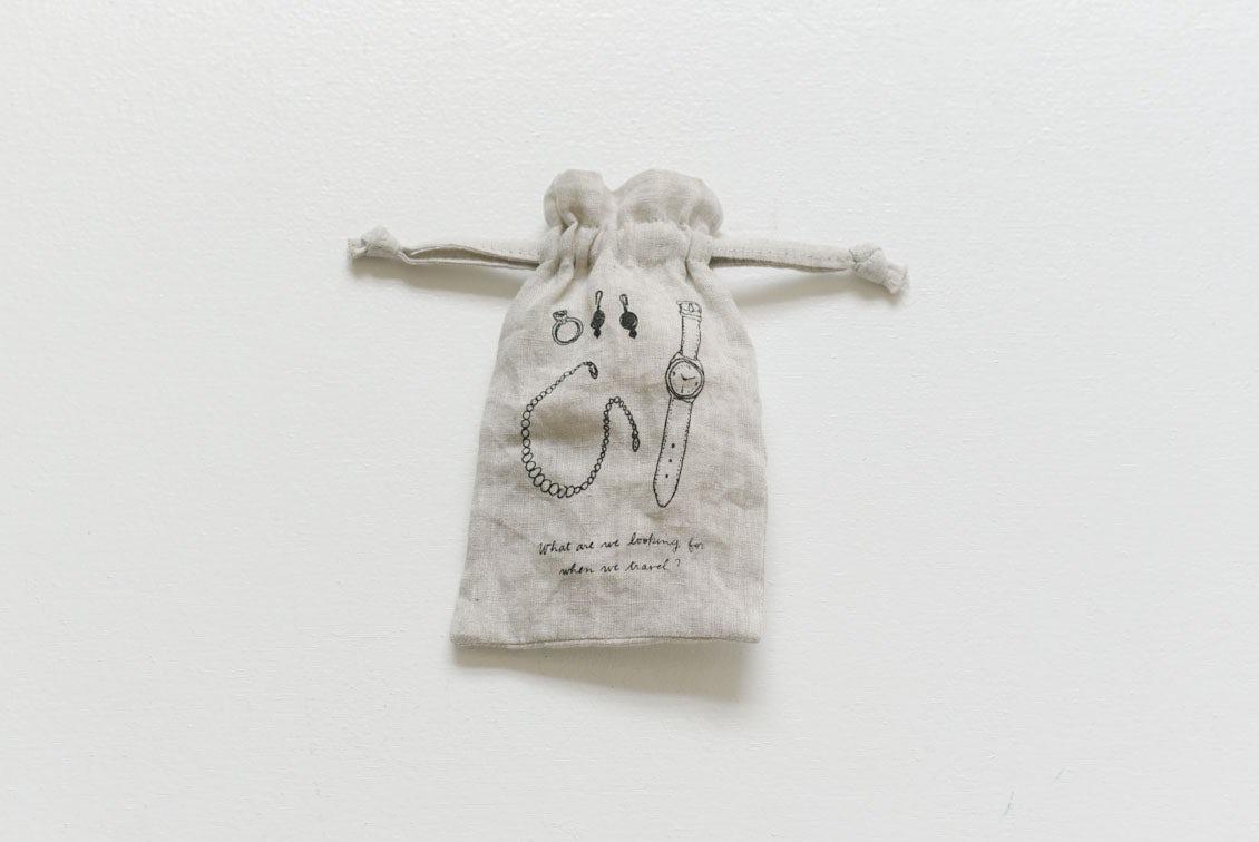 リネンのトラベル用仕分けポーチ(S)/KURASHI&Trips PUBLISHINGの商品写真
