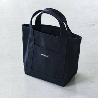 【次回1月頃入荷予定】marimekko/マリメッコ/RAIDE MINI PERUSKASSI/ミニトートバッグ(ブラック)の商品写真