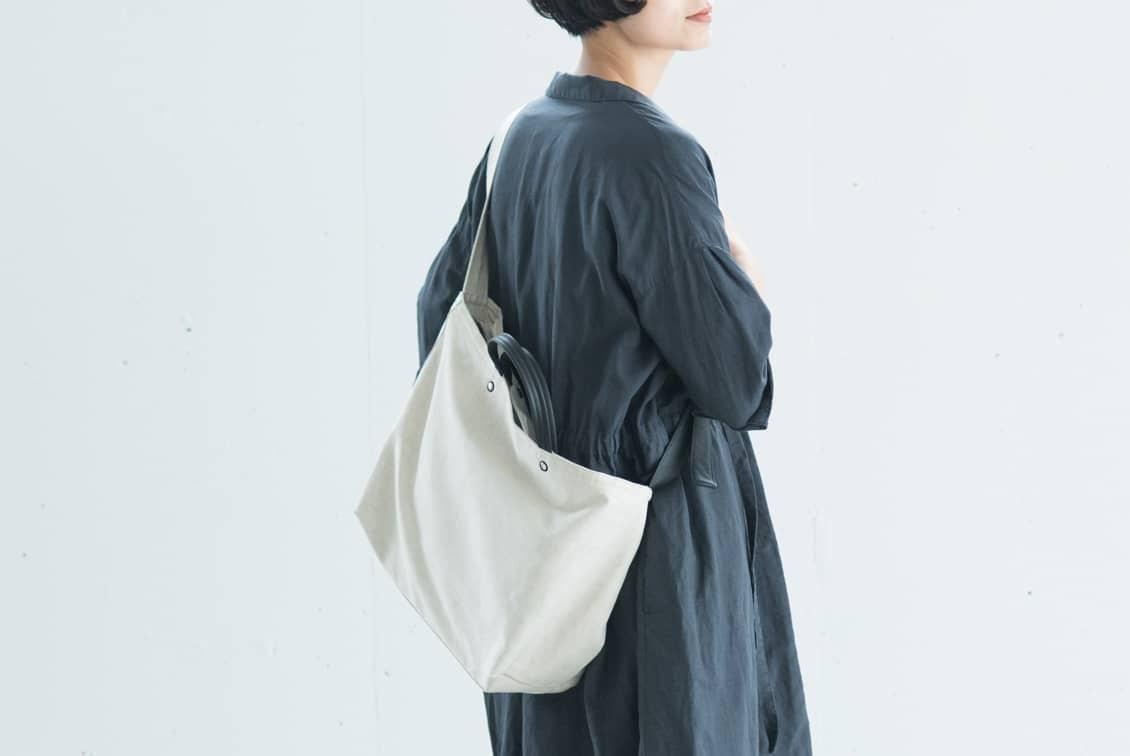 【次回8月下旬入荷予定】yes/イエス/リネンショルダーバッグ(キナリ×ブラック)の商品写真