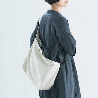 【次回4月中旬入荷予定】yes/イエス/リネンショルダーバッグ(キナリ×ブラック)の商品写真