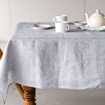 【次回入荷未定】「気分も彩るキッチンに」両面使えるテーブルクロス(L:130×180cm)/KURASHI&Trips PUBLISHINGの商品写真
