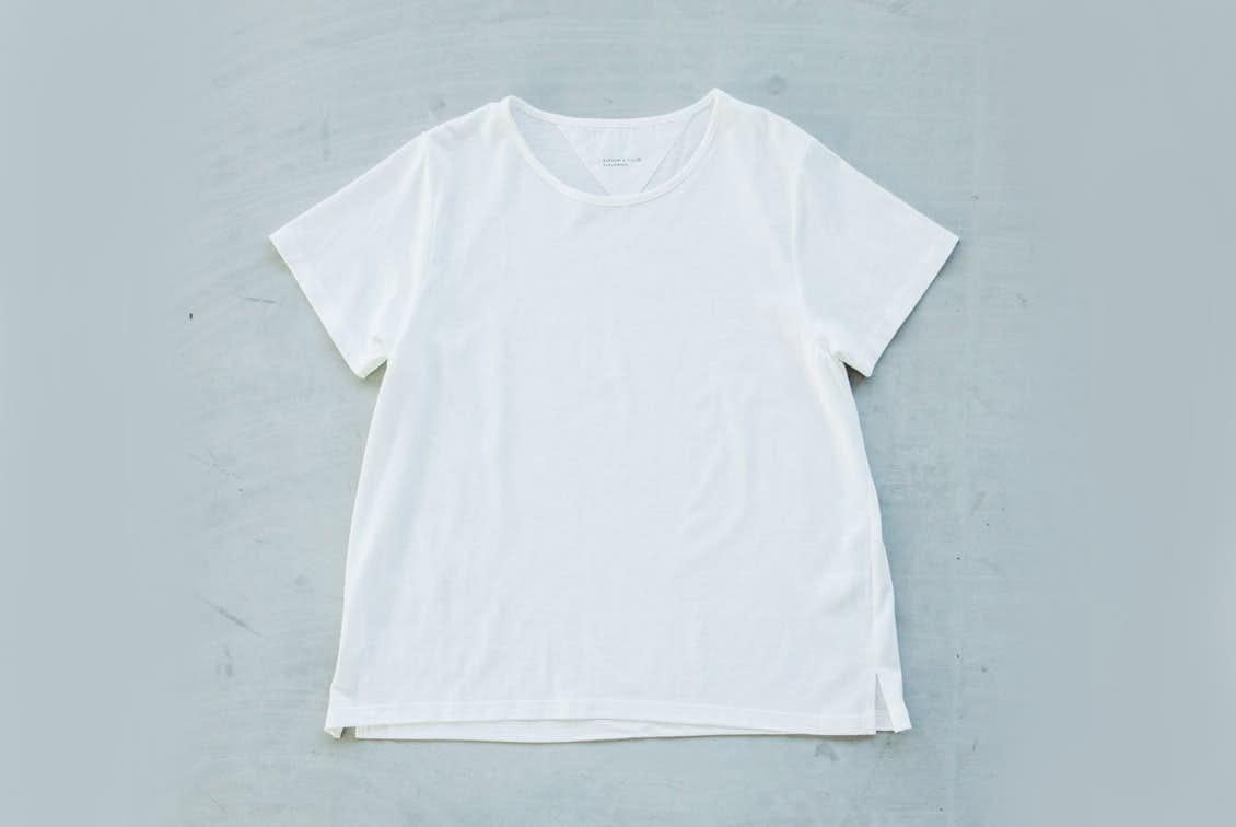「大人に似合うワケがある」素肌も心もよろこぶTシャツ/Uネック(ホワイト)の商品写真