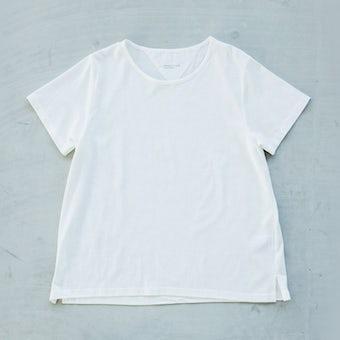 【今季終了】「大人に似合うワケがある」素肌も心もよろこぶTシャツ/Uネック(ホワイト)の商品写真