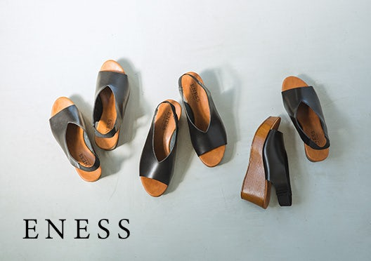 ENESS / ウェッジソールサンダル / ブラックの画像
