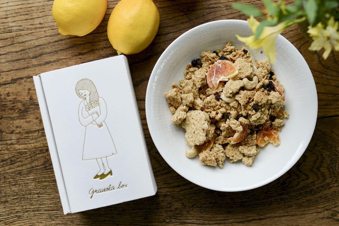 温州みかんとシチリアレモンのグラノーラ / OYATSUYA SUNの商品写真