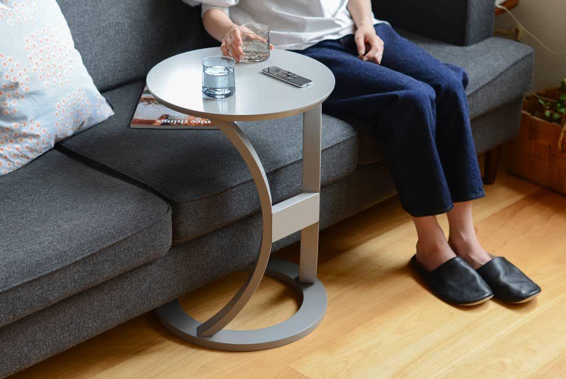 【次回8月下旬ごろ入荷】木のサイドテーブル(グレー)の商品写真