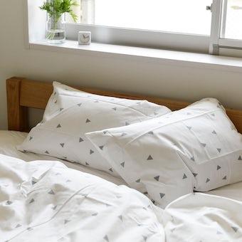 sisdesign / 枕カバー / トライアングル (43cm×63cm)の商品写真