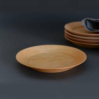 【9月下旬入荷予定】ぴったり重なる、洗える木のプレート(15cm)/KURASHI&Trips PUBLISHINGの商品写真