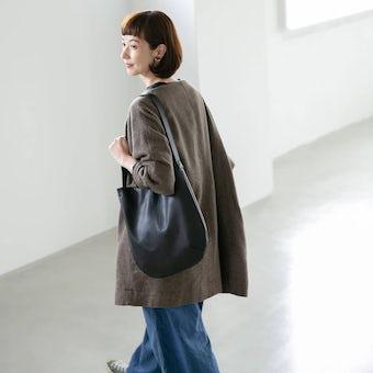 「雨の日にもお気に入りを」撥水レザーの2WAYトートバッグ(ブラック)の商品写真