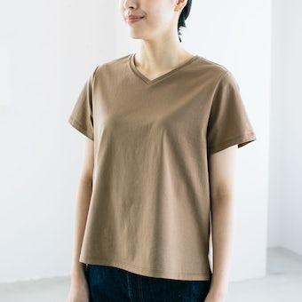 「大人に似合うワケがある」素肌も心もよろこぶTシャツ/ Vネック(ブラウン)の商品写真