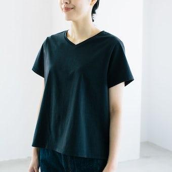 「大人に似合うワケがある」素肌も心もよろこぶTシャツ/ Vネック(ブラック)の商品写真