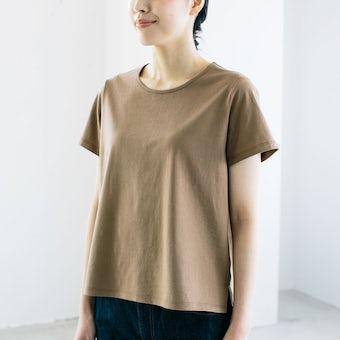 「大人に似合うワケがある」素肌も心もよろこぶTシャツ/ Uネック(ブラウン)の商品写真