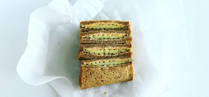サンドイッチも、夏コーデ