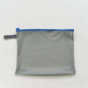 「持って帰ってまるごと洗濯」ランドリーネットにもなる衣類ケース / Mサイズ(ブルー)の商品写真