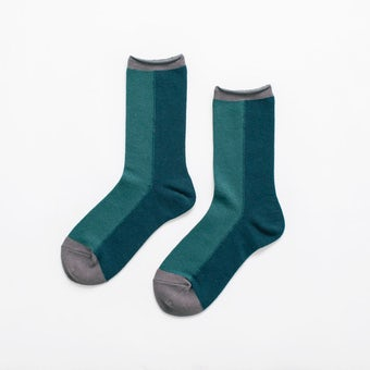 【次回10月上旬入荷予定】「足元15cm、自分だけの景色」秋色を添える気がきく靴下 / クラシックグリーンの商品写真