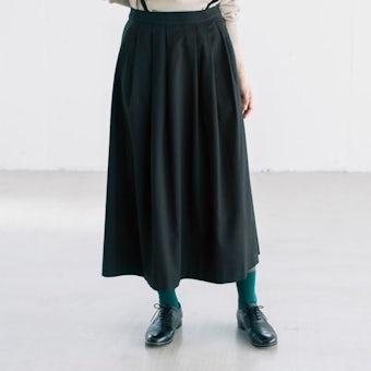 【今季終了】「主役にも名脇役にも」着回し頼れるストラップ付きスカート / ブラック / Mサイズの商品写真