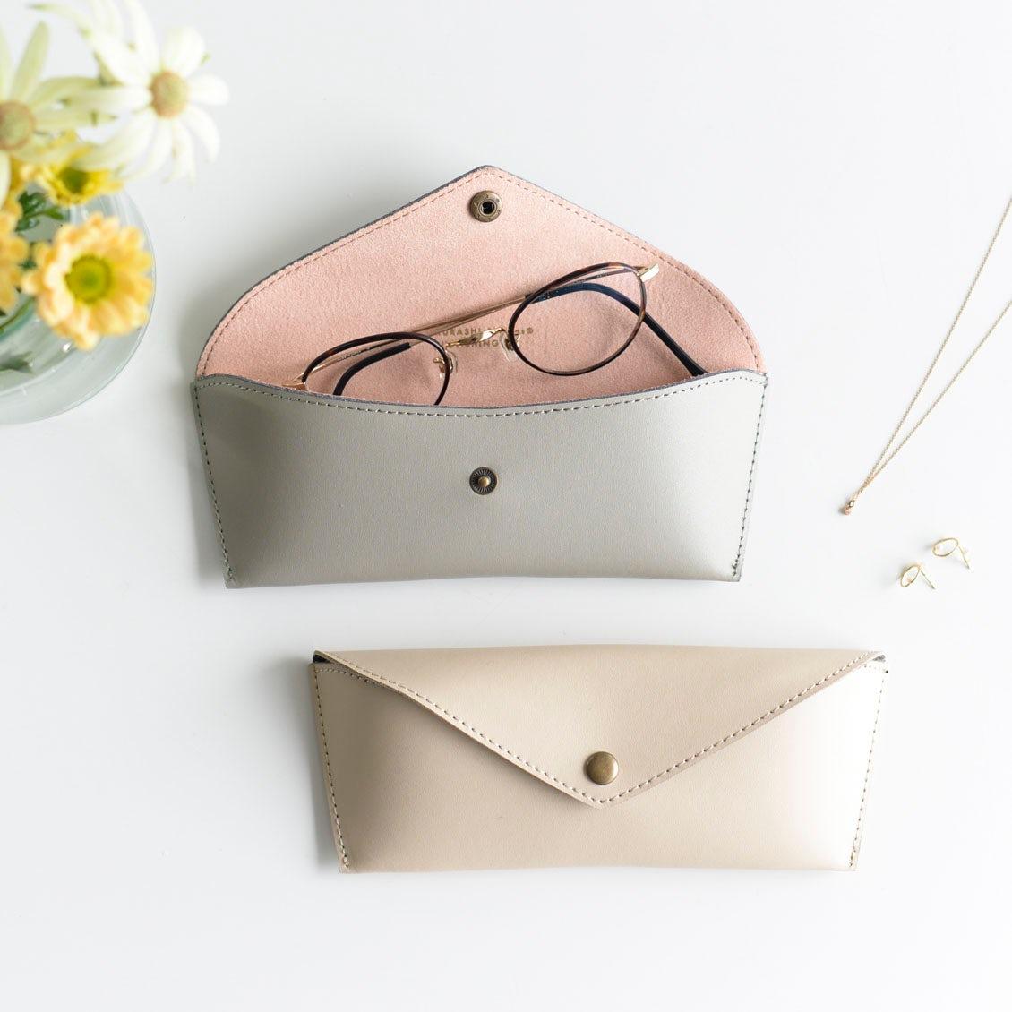 オリジナルのメガネケースが再入荷!