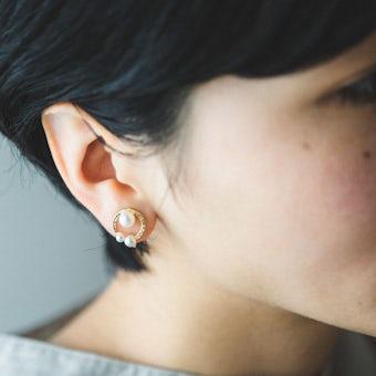 「耳元にちいさなご褒美を」淡水パールのアクセサリー / サークル(ピアス)の商品写真