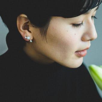 「耳元にちいさなご褒美を」淡水パールのアクセサリー / ストレート(イヤリング)の商品写真