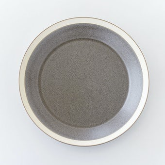yumiko iihoshi porcelain × 木村硝子店 / dishes / プレート(径22cm)/ モスグレーの商品写真