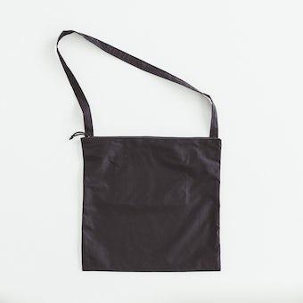 【次回入荷未定】NORMALLY / ショルダーバッグ(ブラック)の商品写真
