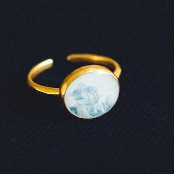 指先に花を添えるリング/9〜13号/ 颯爽(ブルー)の商品写真