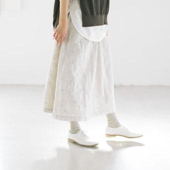 こころが色めく、salviaとつくった刺繍スカートの商品写真
