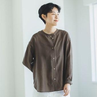 【今季終了】「かろやかに春を始めよう」ほどよい透け感のシアーシャツ(ブラウン)の商品写真