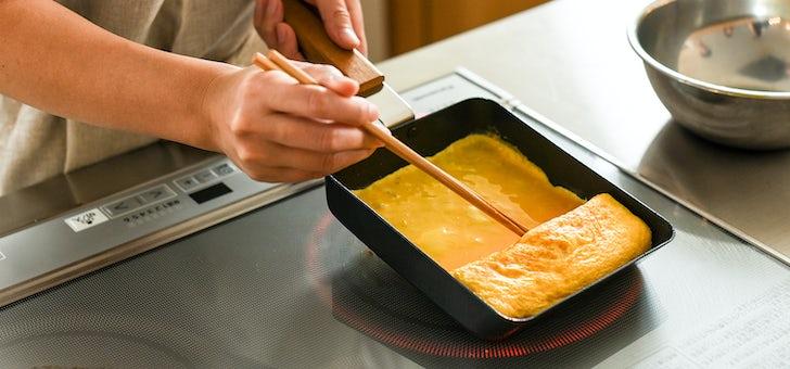 ふっくら綺麗な卵焼きが作れる鉄フライパン