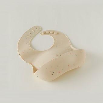 mushie / シリコンビブ(ホワイトパウダー)の商品写真